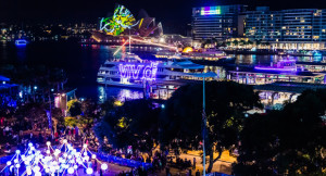 Vivid-Sydney-2015_Harbour-view-from-Circular-Quay_Credit-DestinationNSW_-KM_--4470-(1)